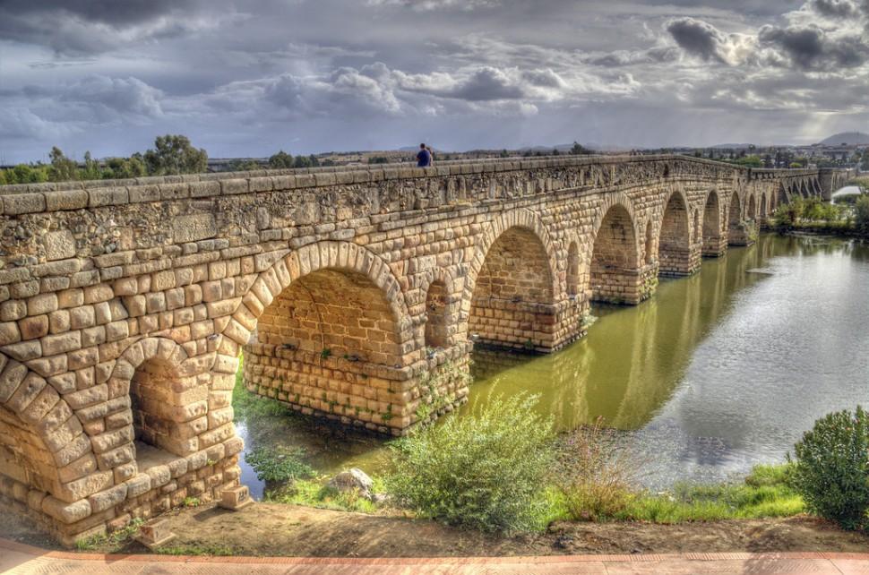 Puente-Romano-de-Merida-970x642